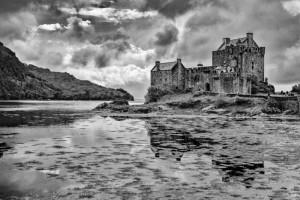 Eilean Donan by Chris Gibbins